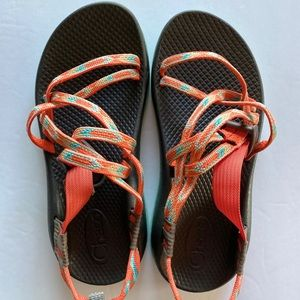 Chacos kids Sz 4 orange green EUC